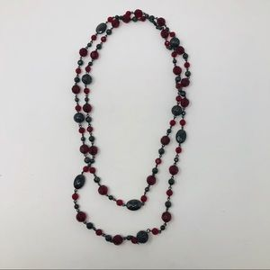 EUC Red/Black Glass beaded necklace